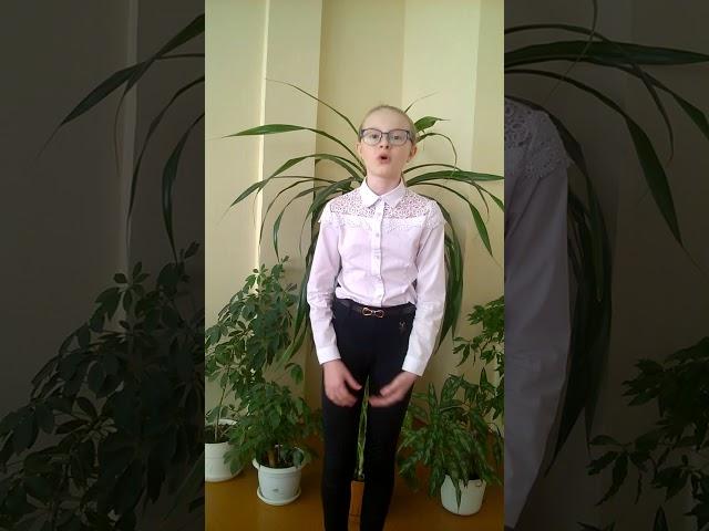 Изображение предпросмотра прочтения – ОлесяЛукарецкая читает произведение «Колыбельная песня Асе» М.И.Цветаевой