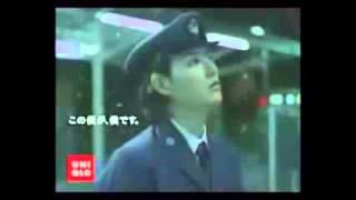 松田龍平 こんなセクシーCMに出演 画像の引用 http://vivi.tv/entertain...