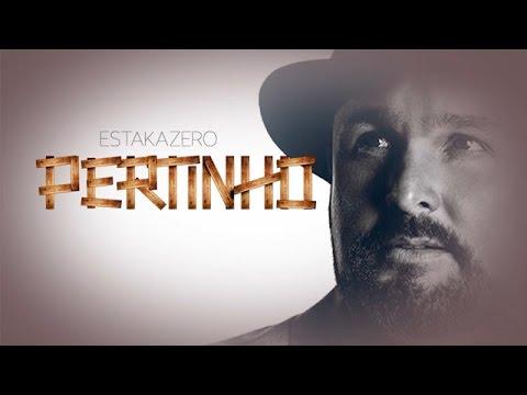 Pertinho | Estakazero (Lyric Video) Oficial