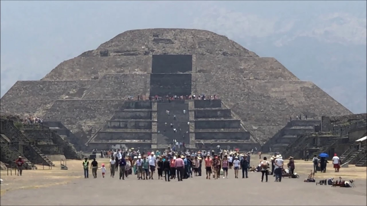 Teotihuacan Sun And Moon Pyramids Outside Mexico City 2019