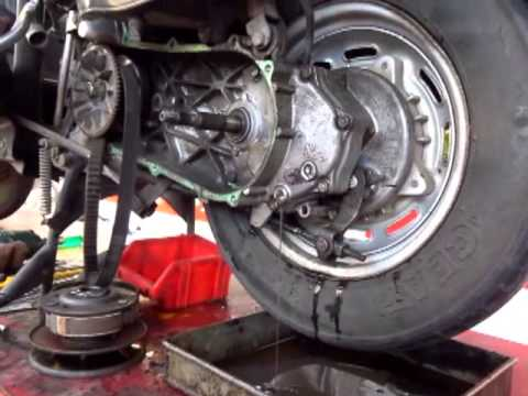How to change Gear Box Oil - Honda Activa - YouTube
