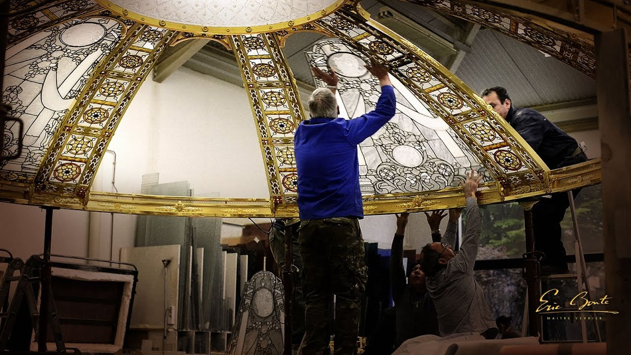 stained glass dome in progress skylight installation by france vitrail international youtube. Black Bedroom Furniture Sets. Home Design Ideas