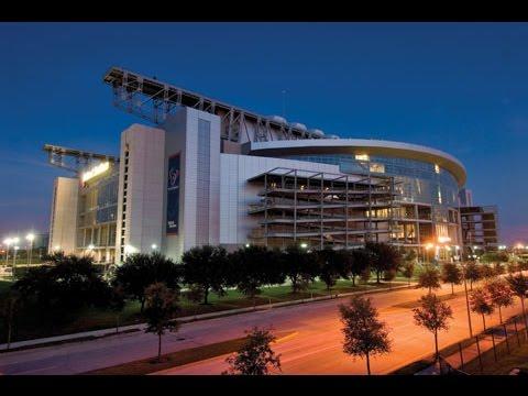 15 beautiful NFL stadiums