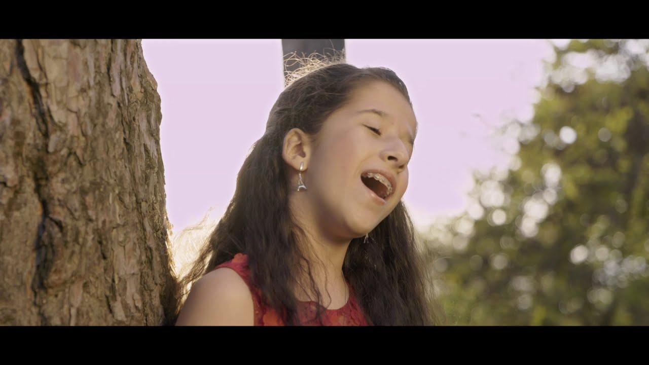 Ana Maria Baltag-Diaconu ~ŞTIU CÃ POT SÃ  ZBOR~ OFFICIAL VIDEO