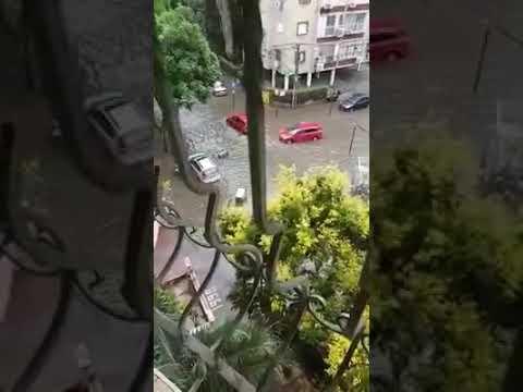 רחוב קיטרוני בפתח תקוה מוצף