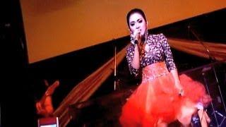 syahrini gelar konser empat negara was was 24 september 2013
