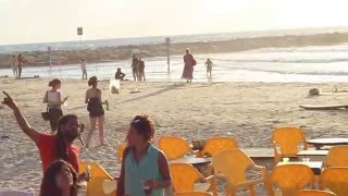 Israel under missiles attack -  15/07/14 Tel Aviv beach