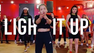 "Marshmellow Feat.  Tyga & Chris Brown - ""Light it Up"" 