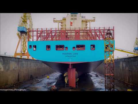 Dry docks - Container ship - Lisnave / Portugal
