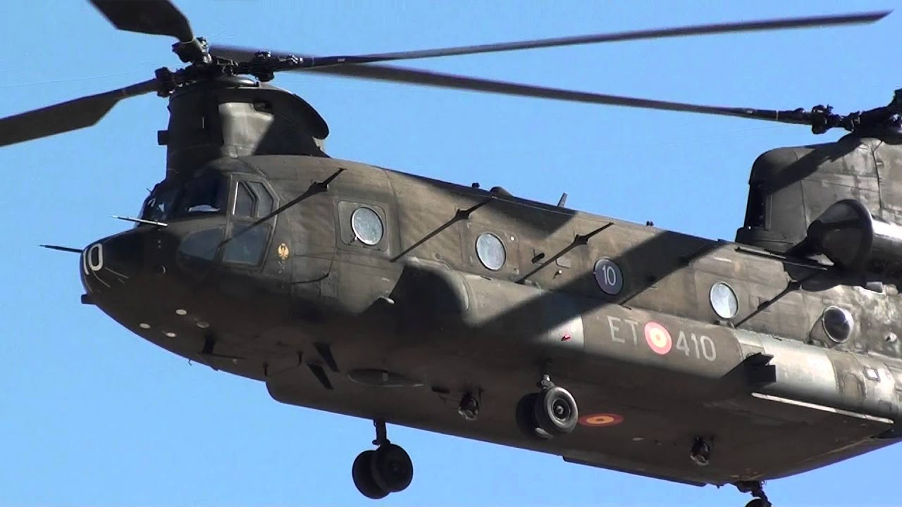 Elicottero Ch : Spain army boeing ch chinook et take off malaga agp mts