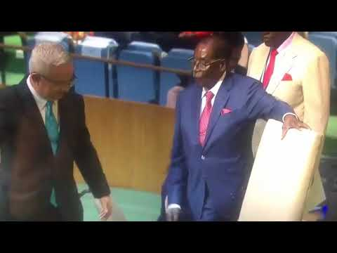 Mugabe stumbles again, this time at the UN to the podium Sept 2017