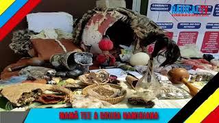 BRUXA  DESMANTELADA MAM TEE A BRUXA NAMIBIANA