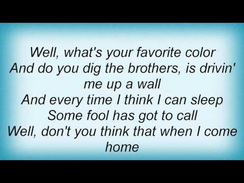 Lynyrd Skynyrd - Don't Ask Me No Questions Lyrics