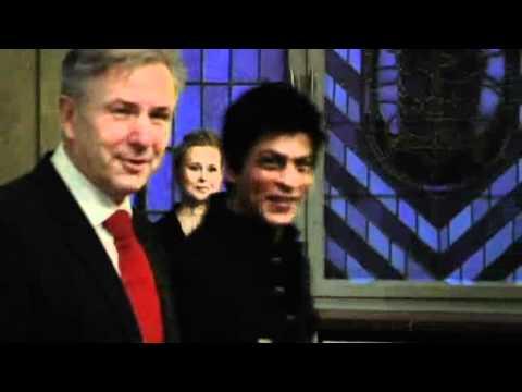 German news Shahrukh Khan signs Berlin guest book November 2010