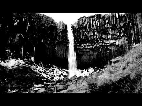 Foss - The Waterfalls of Iceland