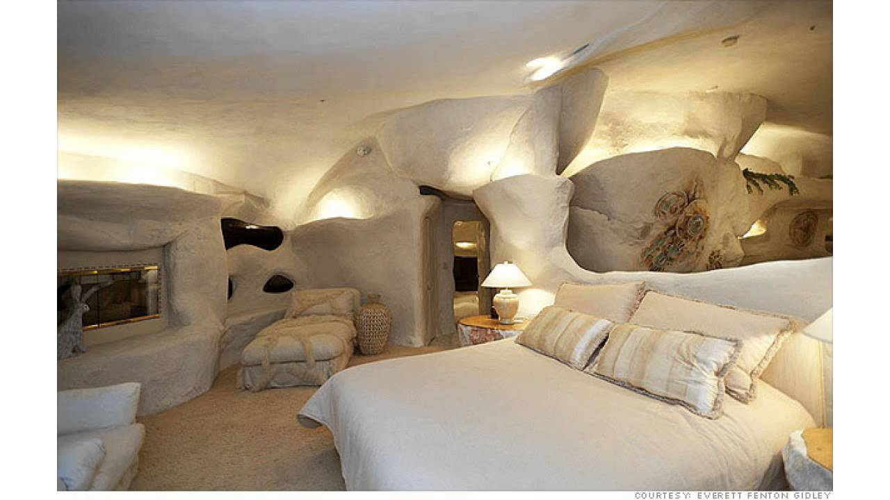 Dick Clark S The Flintstones Inspired Home In Malibu Youtube