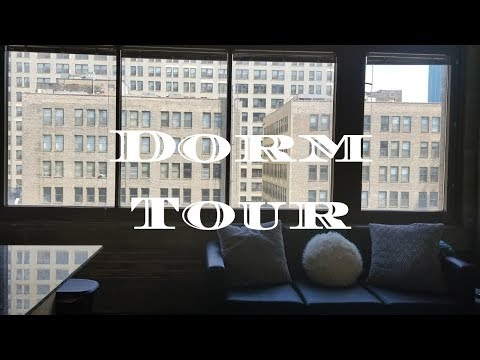College Dorm Tour! Columbia College Chicago - Freshman Year