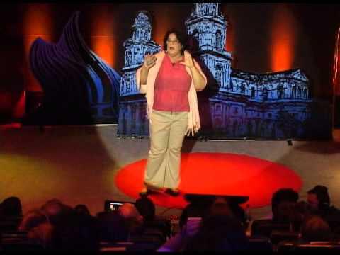 El idioma español en las redes sociales: Ines Izquierdo at TEDxManagua