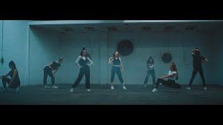 Смотреть клип Sarah Reeves - Dance To It