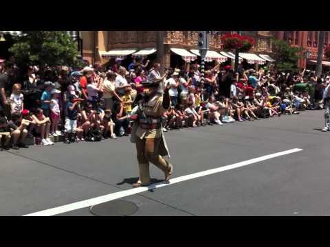 Disney Star Wars Weekends Parade 2011