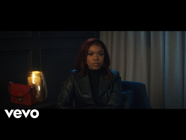Elaine - Risky (Official Video)