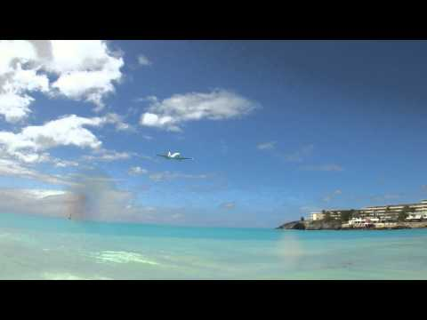 Small Private Jet Lands in SXM