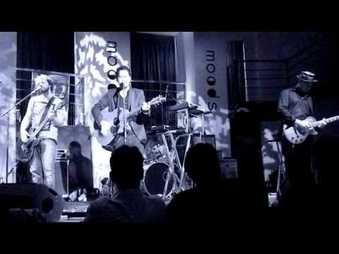 DID KOALA - Be Back Soon LIVE  IN MOODS 23/03/2011