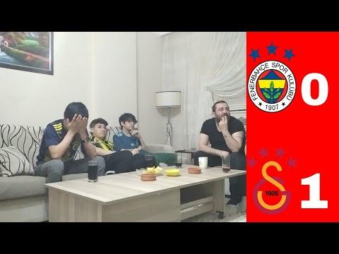 FANATİK FENERBAHÇELİLER DERBİYİ İZLİYOR [Fenerbahçe 0-1 Galatasaray]