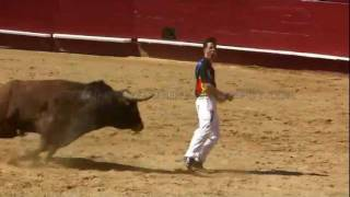 Incredible Spanish Bull Leapers (Recortadores)