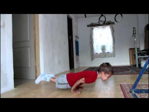 Claudio Stroe  90 degree pushups