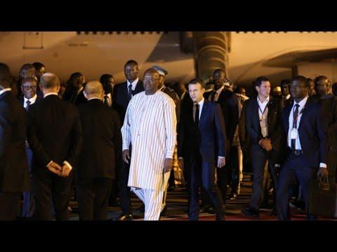 Le journal de 12h30 : Au Burkina Faso, visite tendue pour Emmanuel Macron