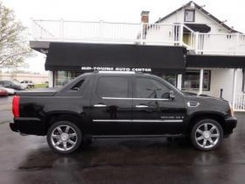 used mitula cars in awd gasoline escalade cadillac winnipeg ext