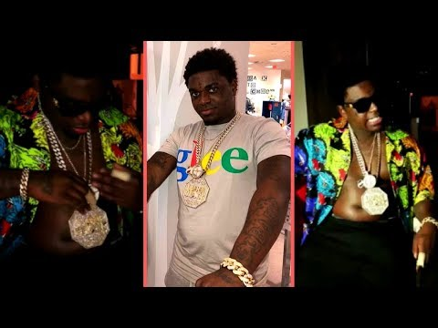 Kodak Black Showing Off His New Jewelry He Just Cashed Out On Upon Jail Release Kodak Black Free 1K!
