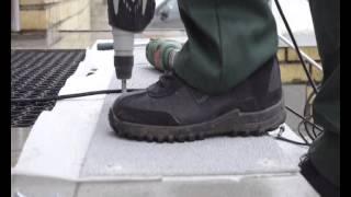 видео Накладные ступени для лестниц из бетона, пластика и дерева