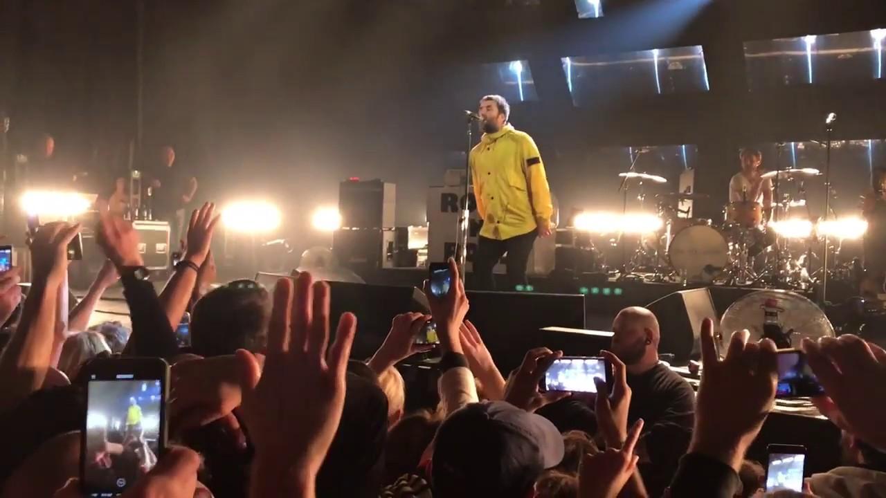 noel gallagher 2018 berlin Wonderwall   Liam Gallagher live Berlin 05.03.2018   YouTube noel gallagher 2018 berlin
