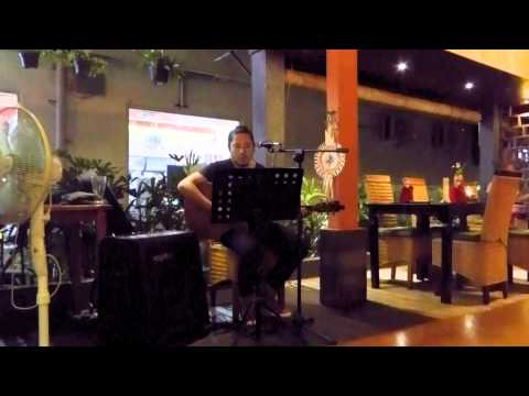 LIVE MUSIC GREEN LEAF Restaurant UBUD BALI