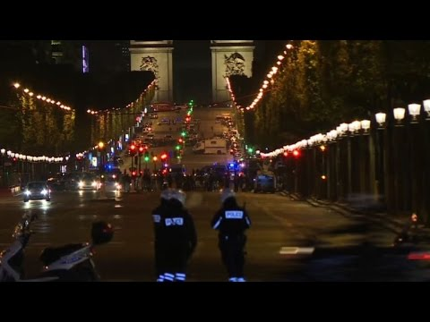 France president says Paris shooting suspected terror attack