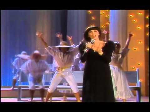 Mireille Mathieu - Viens Chanter Pour Le Bon Dieu 1982