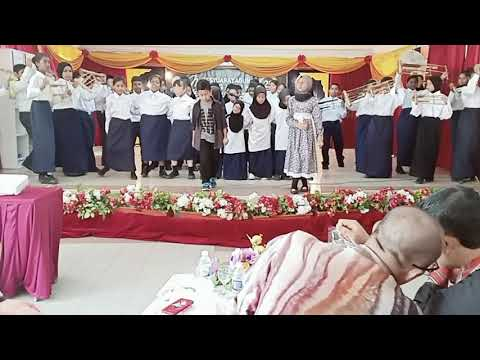 Anta permana choir vs angklung