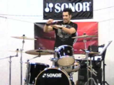 Drummer Rich Redmond Demonstrates 'Money Beat 2' (The Heartbeat)!!!
