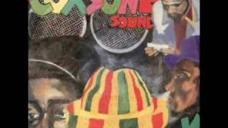 Sir Coxsone Sound - Tenor Fly, Junior Frost, Pinchers, Jah Screechy and Frankie Paul [1986]