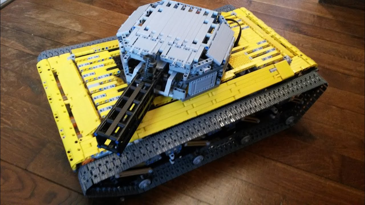 Camera Lego Nxt : Lego mindstorms nxt big tank with camera controlled by