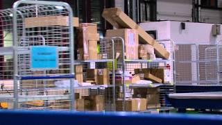 Colis de Noël : comment s'organise la distribution dans les centres de tri postaux