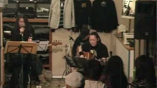 札幌で活動しているEROCKです。2012.1.29 Caffeineでのアコースティック・ライブか...