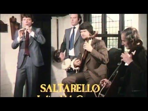 Early Instruments - 14th century Italian Saltarello (recorder)