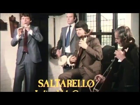 Early Instruments - 14th century Italian Saltarello (recorder)