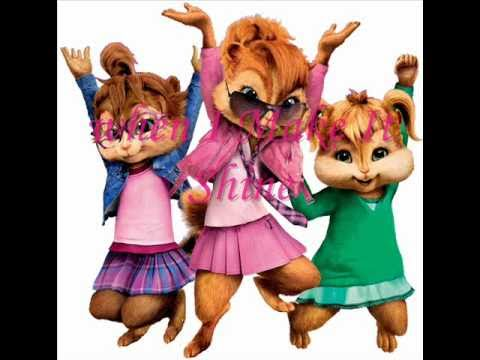 The Chipettes - Make it shine + Lyrics (Victorious Theme Song)