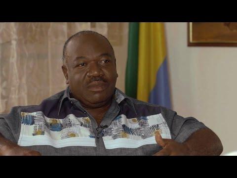"""Ali Bongo : """"L'opposition ne parle que de mon acte de naissance"""""""