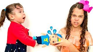 SARAH e sua IRMÃ querem o MESMO boneco do LUCCAS NETO