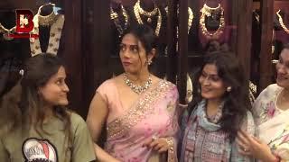 Download lagu Veteran Actress Sridevi Shopping for Jewellery At Mumbai